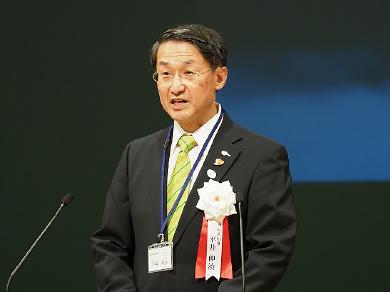 鳥取県知事 平井 伸治